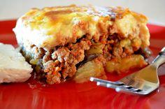 Τρώμε μέχρι σκασμού όλοι ανεξαιρέτως!!!! Η νοστιμιά του κλασικού μουσακά δεν περιγράφεται με λόγια... αλλά Lasagna, Greek, Meat, Ethnic Recipes, Food, Essen, Meals, Greece, Yemek