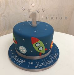 Cake Designs For Boy, Fondant Cake Designs, Boys First Birthday Cake, Themed Birthday Cakes, Little Boy Cakes, Cakes For Boys, Cake 1 Year Boy, Construction Party Cakes, Rocket Cake