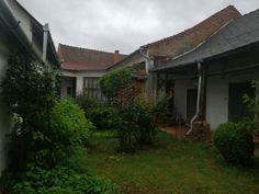Eladó 120 m²-es családi ház, Szentes-Központ Plants, Plant, Planets