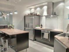 Nice Kitchen Nice Kitchen, Kitchen Island, Cool Kitchens, Home Decor, Island Kitchen, Decoration Home, Room Decor, Interior Decorating