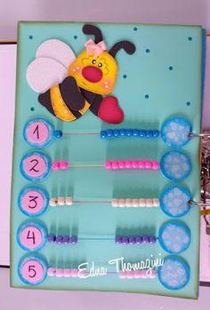 Livro Sensorial 1 Sensory Activities For Preschoolers, Toddler Activities, Preschool Activities, Autism Education, Flamingo Wallpaper, Sensory Book, Felt Quiet Books, Book Quilt, Busy Book
