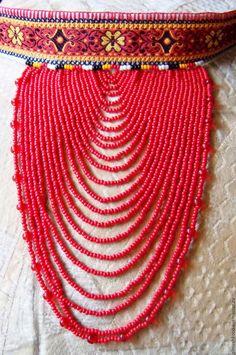 Купить или заказать Ожерелье Брянской области в интернет-магазине на Ярмарке Мастеров. Ожерелье украсит любой костюм в народном стиле. Сделает образ девушки ярче, красочнее. Украшение выполнено по музейным образцам. В работе использовалась вышивка машинная и ручная.