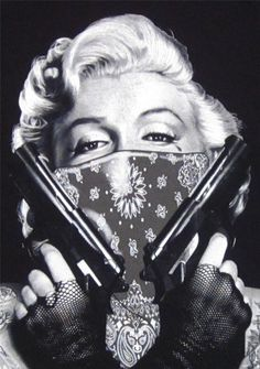 Marilyn Monroe with Bandana | Clothing, Shoes & Accessories > Unisex…