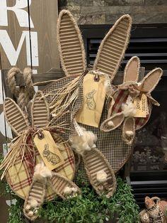 Rabbit Crafts, Bunny Crafts, Easter Crafts, Easter Decor, Easter Ideas, Hoppy Easter, Easter Bunny, Spring Crafts, Holiday Crafts