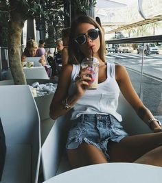 how to make outfits Casual Outfits, Cute Outfits, Fashion Outfits, Segel Outfit, Looks Con Shorts, Spring Summer Fashion, Spring Outfits, Looks Style, My Style