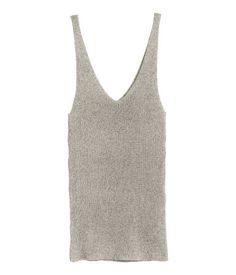 Beige. Sleeveless, fitted top in ribbed viscose-blend jersey. Narrow shoulder…