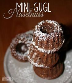 They are fast baked tiny and super cute For a quick snack Kuchen Crazy Cakes, Baking Recipes, Cake Recipes, Dessert Recipes, Holiday Cakes, Christmas Desserts, Mini Desserts, No Bake Desserts, Mini Doughnuts