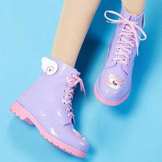 Rouroliu PVC Lace-up Ankle Rain Boots Women Cartoon Candy Colors Flat Heels Rainboots Water Shoes Woman Wellies Set Fashion, Pastel Fashion, Fashion Shoes, Fashion Black, Fashion Clothes, Womens Fashion, High Fashion, Fashion Design, Kawaii Shoes