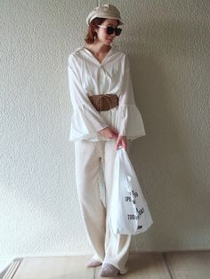 リブパンツが、楽ちん過ぎる😳✨✨  EVRISのスキッパーシャツと合わせて、ゆるコーデ♡ How To Wear, Closet, Fashion, Moda, Armoire, Fashion Styles, Closets, Cupboard, Wardrobes