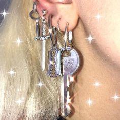 Small Silver Hoop Earrings, A Set of Sterling Silver Hoop Earrings, Multiple Piercing Hoops, - Custom Jewelry Ideas Cool Ear Piercings, Daith Piercing, Piercing Tattoo, Facial Piercings, Ear Jewelry, Cute Jewelry, Jewelry Accessories, Jewlery, Diamond Jewelry
