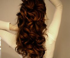 Want my hair to look like this. I miss my long hair.