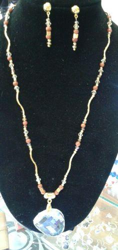 Collar, cristal, piedras de Alejandría, chapa de oro
