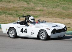 #44-1967 Triumph TR4A-Photo by Lew Adams 2016