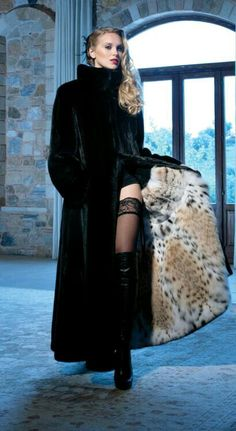 Beautiful and sexy women. in beautiful and sexy clothes and poses Chinchilla, Winter Fashion 2015, Fur Coat Fashion, Cute Coats, Fur Clothing, Vintage Fur, Fur Jacket, Sexy Outfits, Fashion Photo