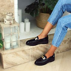 #newtrend #loafers #mocassin #papanikolaoushoes #androgynous Androgynous, Jeffrey Campbell, New Trends, Lacoste, Loafers, Sneakers, Shoes, Fashion, Travel Shoes