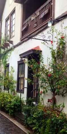 Old historic house, ally entrance. Old St. Augustine, FL