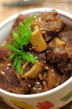 Korean Dishes, Korean Food, Asian Recipes, Beef Recipes, K Food, Yummy Food, Tasty, I Want To Eat, How Sweet Eats