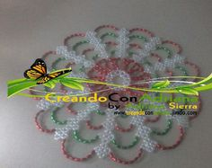 PROYECTO ELABORADO POR ALUMNA DE CREANDO CON ADRIANA Pearl Crafts, Beaded Crafts, Beaded Flowers Patterns, Crochet Bedspread Pattern, Beaded Jewelry Designs, Beaded Animals, Beaded Bags, Cross Stitch Flowers, Beading Tutorials