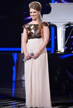'A timeless goddess': X Factor favourite Ella Henderson stuns again as she hits the high notes in Minnie Riperton's classic Nick Jonas Smile, Ella Anderson, Minnie Riperton, Ellie Goulding, Victoria Justice, Celebs, Celebrities, Music Artists, Rihanna