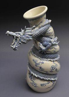 Une sélection des créations de l'artisteJohnson Tsang, un sculpteur de Hong Kong spécialisé dans la céramique, qui réalise des sculptures incroyables. L