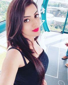 Be your own kind of beautiful 😘😍 Cute Girl Photo, Beautiful Girl Photo, Beautiful Girl Indian, Most Beautiful Indian Actress, Beautiful Actresses, Stylish Girls Photos, Stylish Girl Pic, Beauty Full Girl, Beauty Women