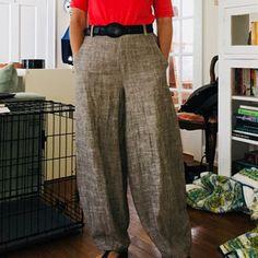 Marina added a photo of their purchase White Linen Shirt, Linen Blouse, Linen Pants Women, Pants For Women, Baggy Pants, Harem Pants, Summer Pants, Body, Slacks