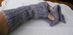 Ravelry: Fast and curious pulse warmers pattern by ZKbird
