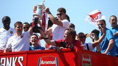 Arsenal at the cup parade
