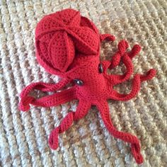 Olive the Crochet Octopus Puzzle - available for free.