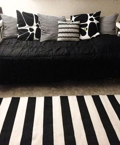 Black/white pillows.. I need therefor my new black leather couch