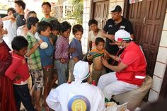 #UAE search and rescue teams support #Nepal quake victims