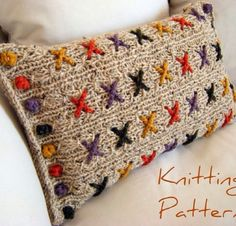 Cranberry Kisses Cushion Pillow Cover Knitting Pattern This knitting pattern uses chunky yarn and lacy patterns to form a fabric for the cross stitches. One side uses a single. Knitting Projects, Crochet Projects, Knitting Patterns, Crochet Patterns, Pillow Patterns, Pillow Ideas, Crochet Chain, Knit Crochet, Casting Off Knitting