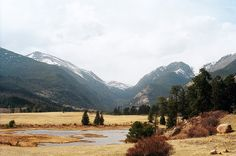 What time is it? Mountain Time. http://www.diannetanner.co.uk/mountain-time/?utm_content=buffered166&utm_medium=social&utm_source=pinterest.com&utm_campaign=buffer #DTUSA #Colorado #35mm