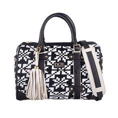 Divina Castidad Handbags | Wayuu