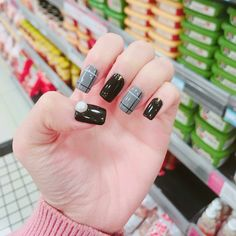 Black Acrylic Nails, Black Nails, Gorgeous Nails, Pretty Nails, Acrylic Nail Designs, Nail Art Designs, Korea Nail, Nails 2018, Autumn Nails