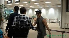 130915 Yunho & Kim Hyun Joong at Gimpo airport, the leaders greeting each other cr caps: Jung Yunho Tunisian Fans, F: http://www.youtube.com/watch?v=v1J_useKeKc&feature=c4-overview&list=UUi0brc_uB01AMKjQfKaq5Cw