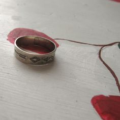 cool sterling silver ring, vintage only $25!