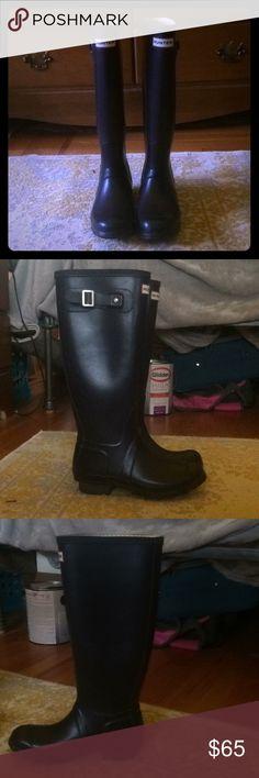 Women's size 6 tall hunter rain boots US 6, EU 37, UK 4  Dark purple tall hunter rain boots Gently used, great condition Hunter Boots Shoes Winter & Rain Boots
