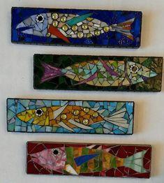 Window Glass art Lights - - - Chihuly Glass art For Kids - Beach Glass art Christmas - Mosaic Crafts, Mosaic Projects, Mosaic Art, Mosaic Glass, Fused Glass, Mosaic Tiles, Diy Projects, Glass Wall Art, Sea Glass Art
