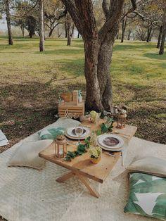Picnic Date Food, Picnic Set, Picnic Foods, Beach Picnic, Summer Picnic, Fall Picnic, Backyard Birthday, Backyard Picnic, Picnic Birthday