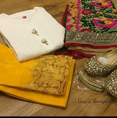 order contact my whatsapp number 7874133176 Punjabi Suits Designer Boutique, Boutique Suits, Indian Designer Suits, Stylish Dresses For Girls, Stylish Dress Designs, Designs For Dresses, Designer Party Wear Dresses, Kurti Designs Party Wear, Pakistani Dresses Casual