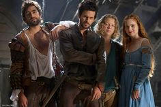 Gorgeous new still of Tom Riley and the Da Vinci's Demons cast, from the Spanish DVD extras. #TomRiley #DaVincisDemons