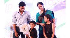 Celebrities and their kids   సృష్టిలోనే తియ్యనైన పదం 'అమ్మ'. ఆ పిలుపులో ఎంతటి మాధుర్యం దాగుందో చెప్పడానికి మాటలు చాలవు. కడుపులో ఉన్న తొమ్మిది నెలలు ఎంత కష్టమనిపించినా..http://bit.ly/1rC7gV3   #Meena #Nainika #VasundharaKutumbam #AishwaryaRaiBachchan #Aradhya