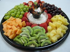 ideas for fruit platter ideas party trays Veggie Platters, Veggie Tray, Food Platters, Cheese Platters, Healthy Fruits, Fruits And Veggies, Healthy Eating, Fruits Basket, Party Trays