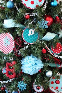 Suess Tree - Bower Power Blue tissue puff balls strung together to make garland. - Seuss Christmas T Cheap Christmas Trees, Turquoise Christmas, Country Christmas Decorations, Christmas Tree Design, Christmas Tree Themes, Noel Christmas, Retro Christmas, Christmas Colors, Christmas Crafts