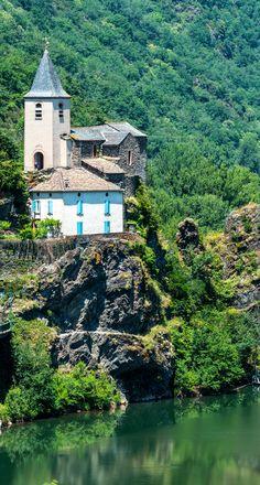 Ambialet dans le Tarn, charmant village de la région Midi-Pyrénées