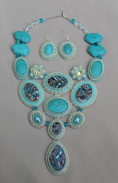 Turquoise Picasso. Picasso Collection. Made by Roxana Bacila. Fb: Beadwork by Roxana Bacila.