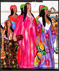 Artesanía de la goajira venezolana, muy colorida y con gran mensaje de su etnia Wayuú!