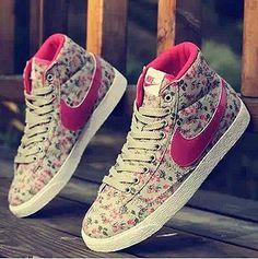 Shoes, fashion shoes, high heels #shoes #blackheels #heels #feet #hotshoes #leopard #heels #shoes #women #beautiful -Aye