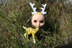 Blythe deer. Photo by cybermelli on Flickr. Kind of surreal.. Reminds me of artist Mark Ryden.